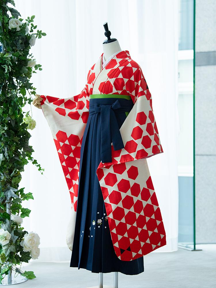 【高級卒業式袴レンタル】910f 卒業式の袴レンタル 「亀甲・赤」 振袖+袴