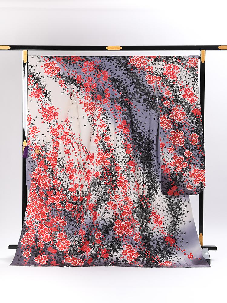 【幅広め高級振袖レンタル】f-83 桜 LOサイズ 白とグレー (成人式価格80000円)