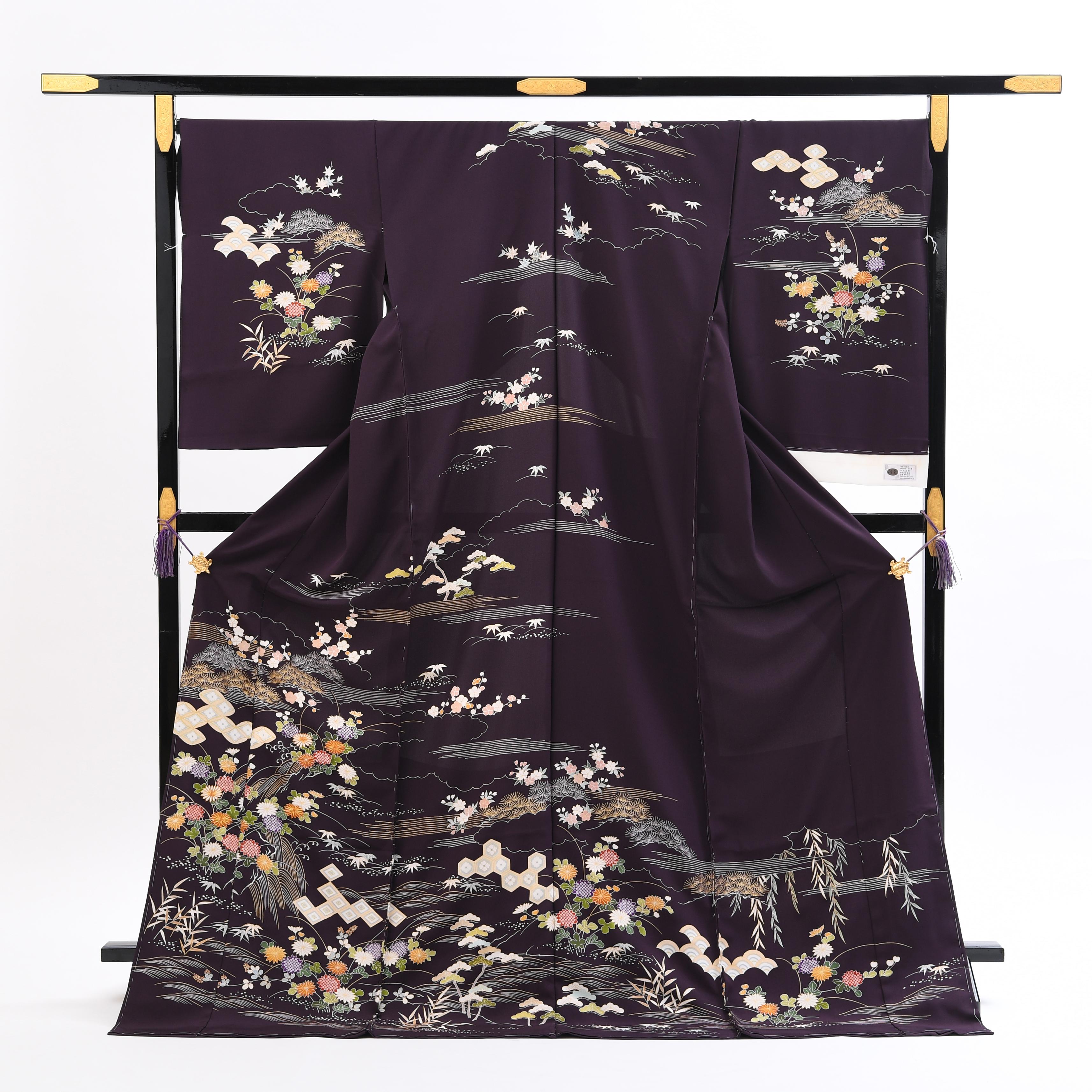 【濃い色の高級訪問着レンタル】京友禅の菱健謹製「古代紫色の草花文様」品番:h−451