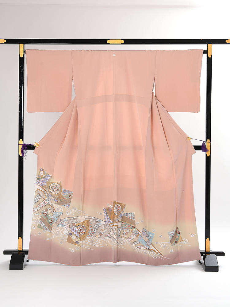 【高級色留袖レンタル】i-105 グレイッシュな濃いめピンク 色紙取り MLサイズ 色紙取り