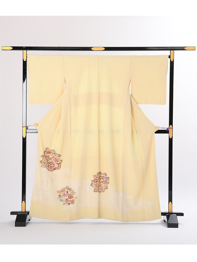 【高級色留袖レンタル】i-114 クリーム系 刺繍 Mサイズ 宝尽くし