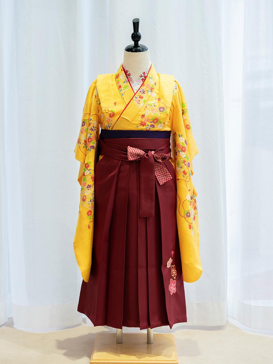 【卒園式向けの高級正絹着物と袴レンタル】黄色ベースの着物。品番:7-103-hakama