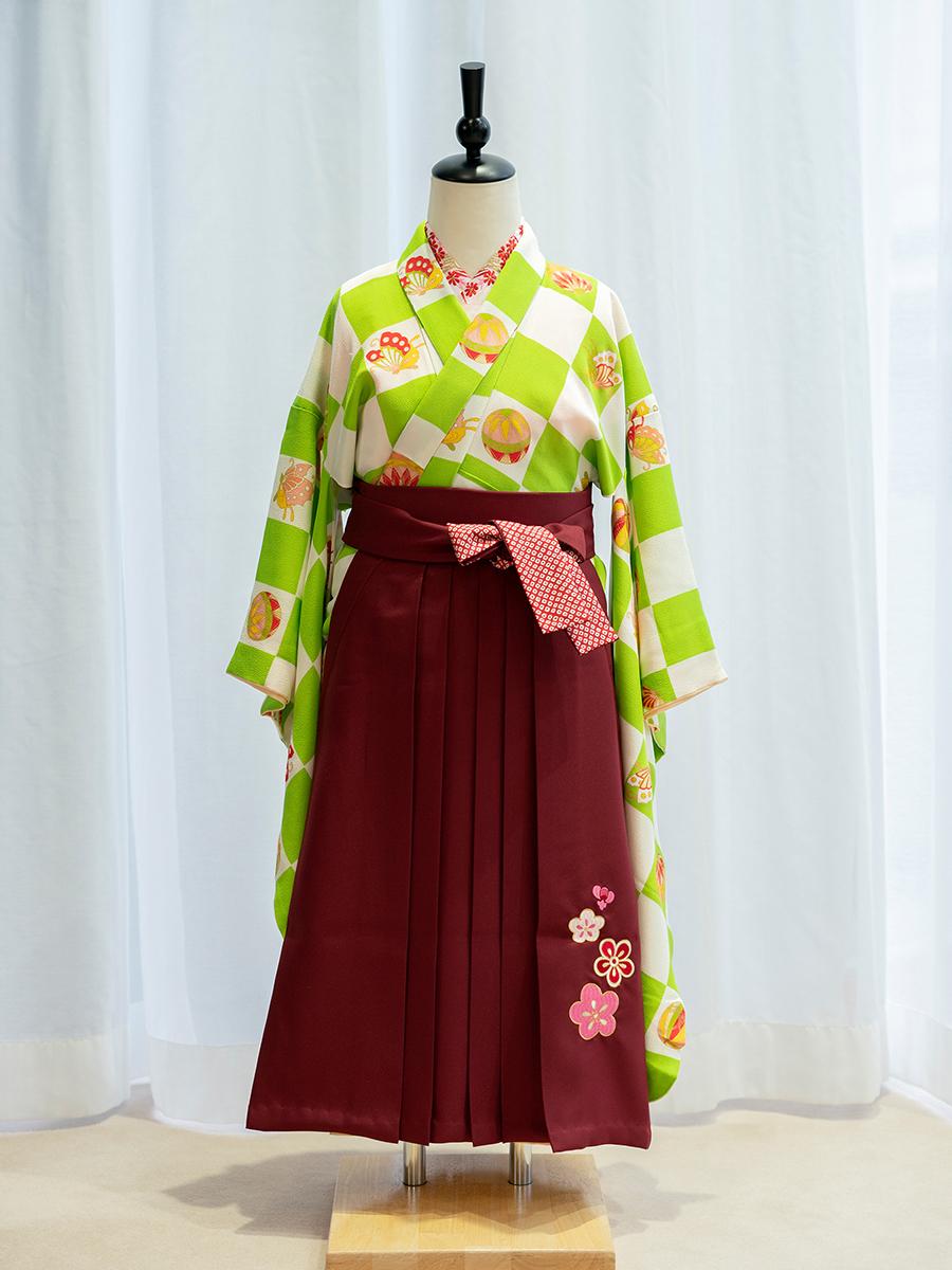 【卒園式向けの高級正絹着物と袴レンタル】市松模様の着物。品番:7-106-hakama