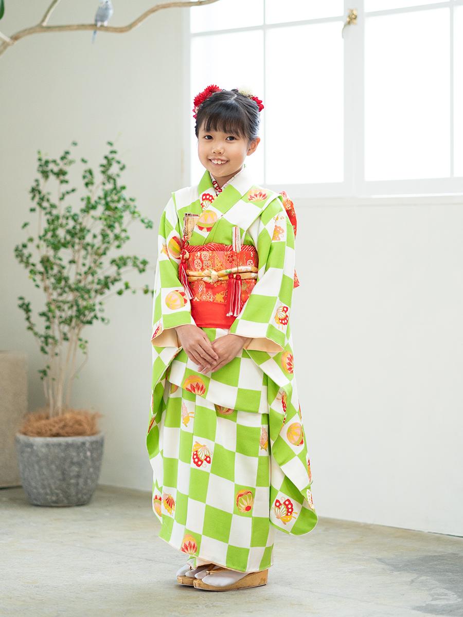 市松模様の正絹高級7歳女の子きものレンタル