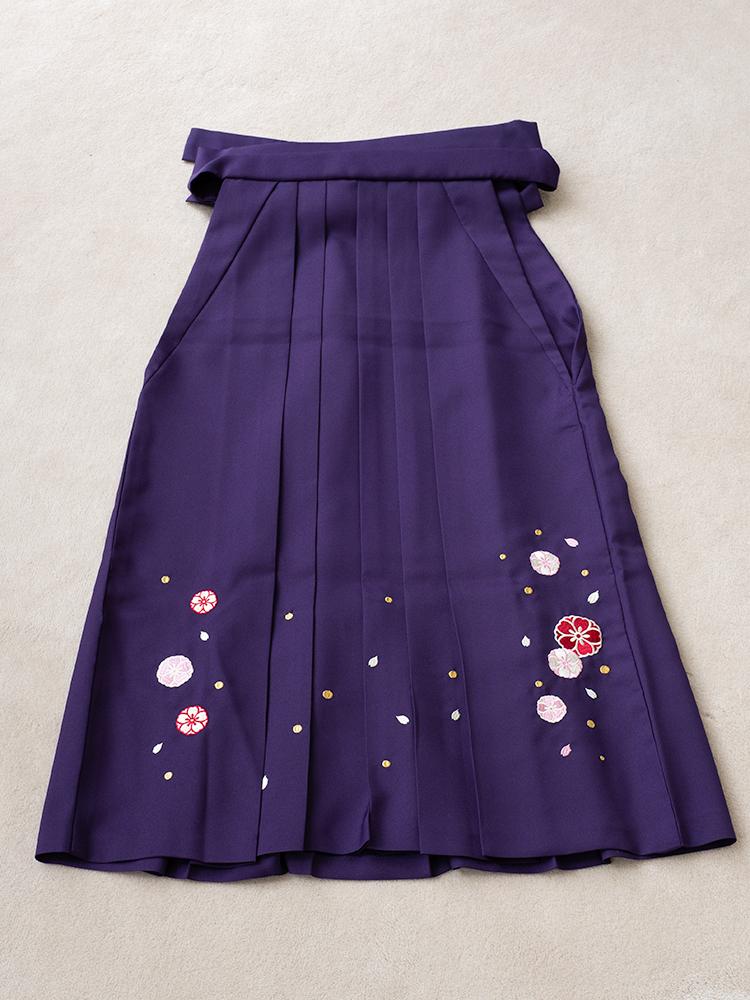 小学生用の袴レンタル・刺繍ありの紫色・145cm-153cm向け
