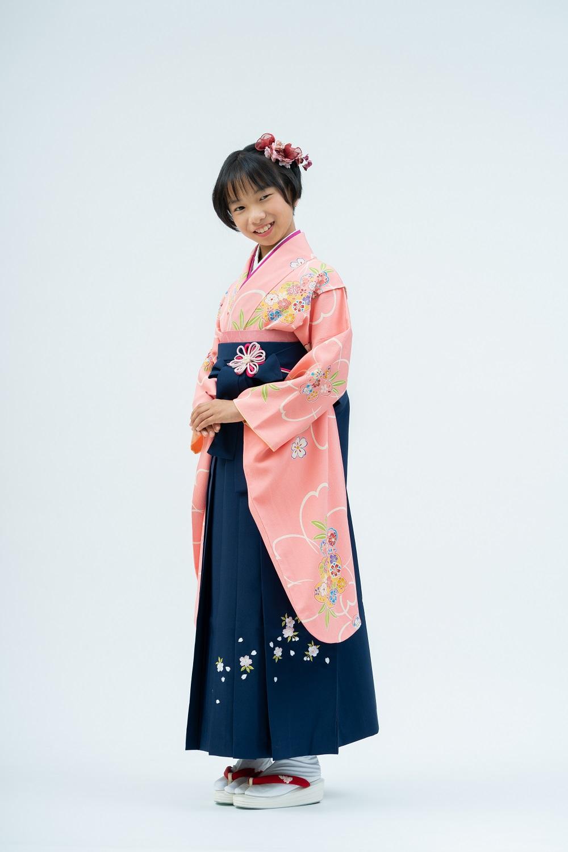 【小学生卒業式袴レンタル】ピンク色 桜柄 正絹(シルク) 二尺袖 (品番:S-1201)