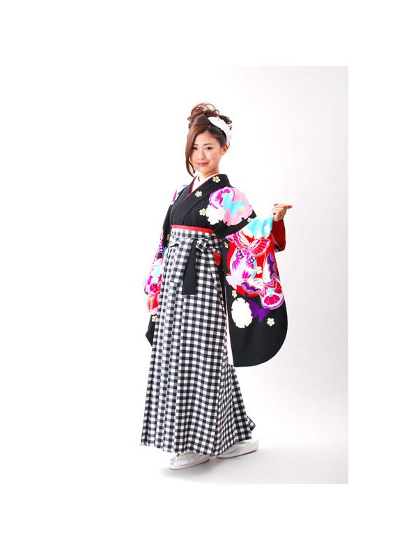 【高級卒業式袴レンタル】a-502 黒地 雪輪と蝶 サイズ 雪輪・蝶