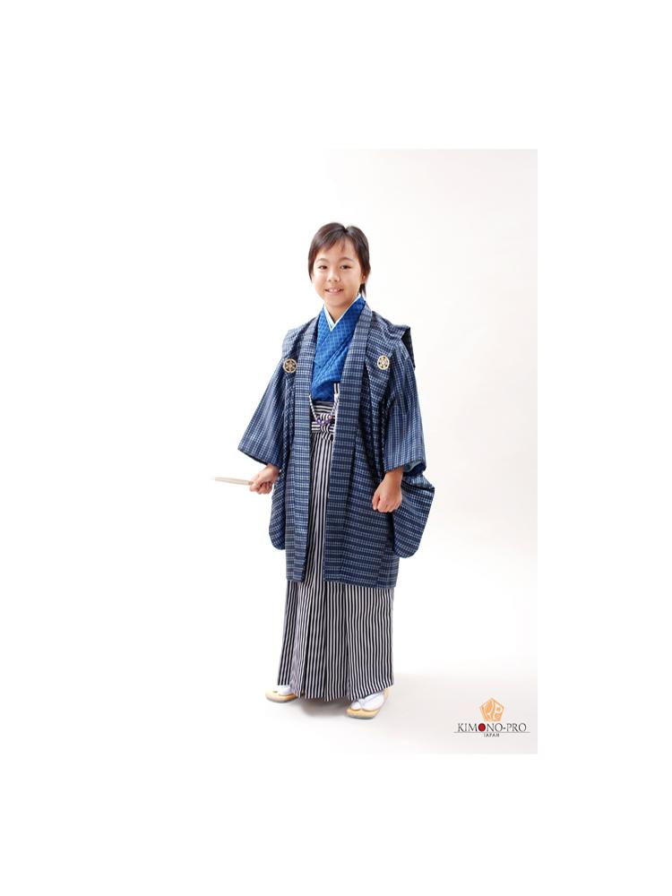 十三参りの男の子用きものと袴セットレンタル。jmens-1番。濃い青色の羽織のかっこいい13歳の男子用きものです。