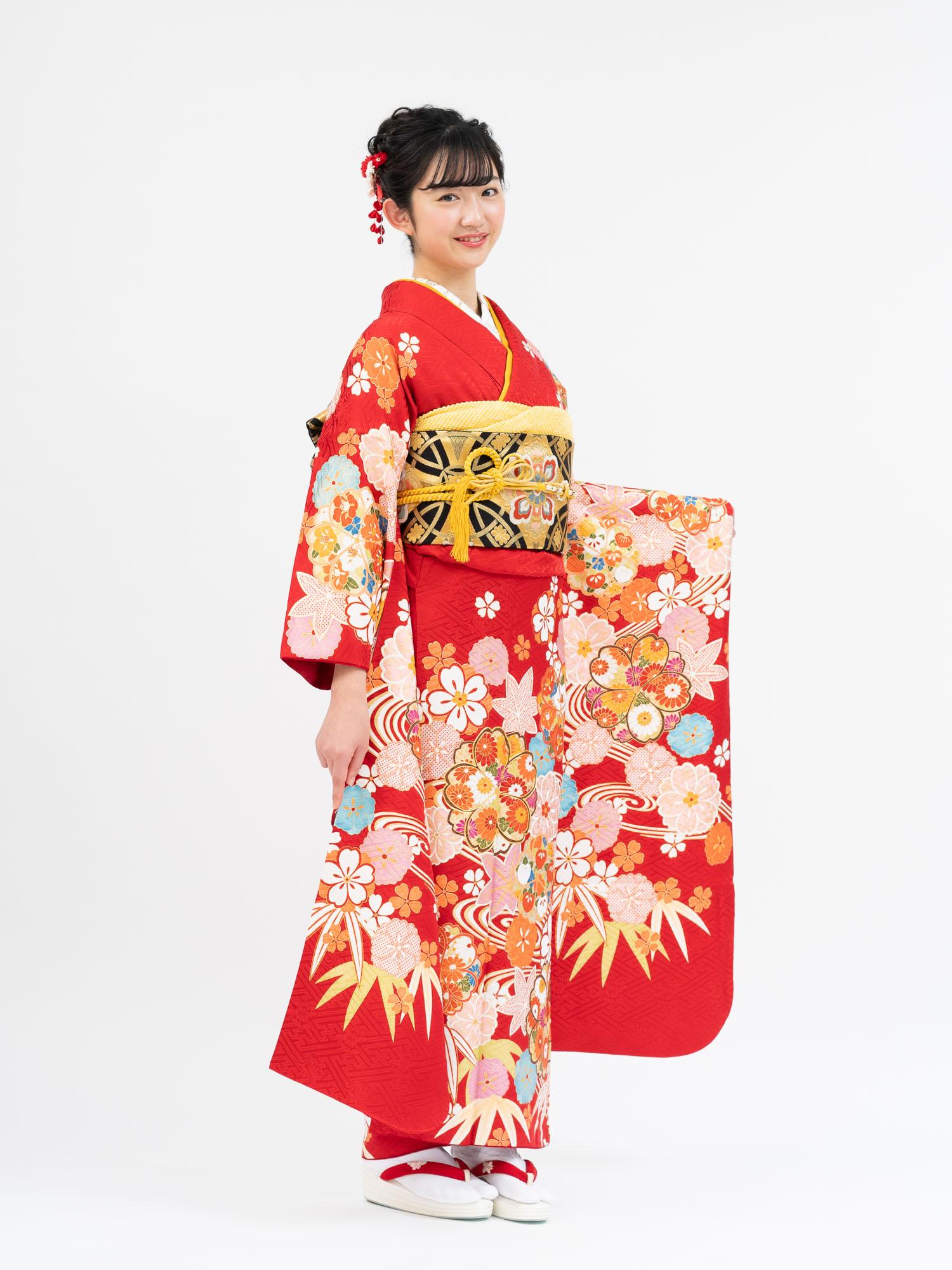 【赤色の高級振袖レンタル】松竹梅と花尽くし柄 Mサイズ 品番K-50
