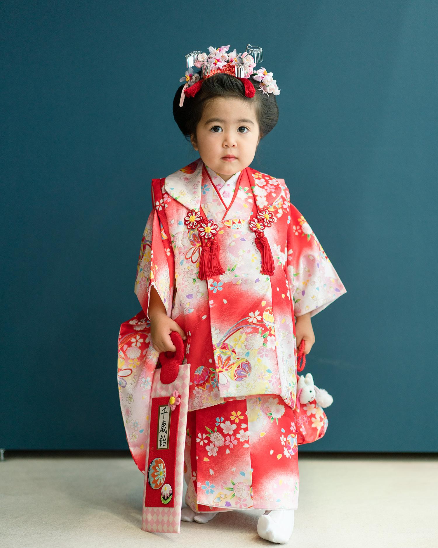 【七五三の着物レンタル】 3歳の女の子用被布セット 赤と白・ピンクのぼかし 品番:KD-24
