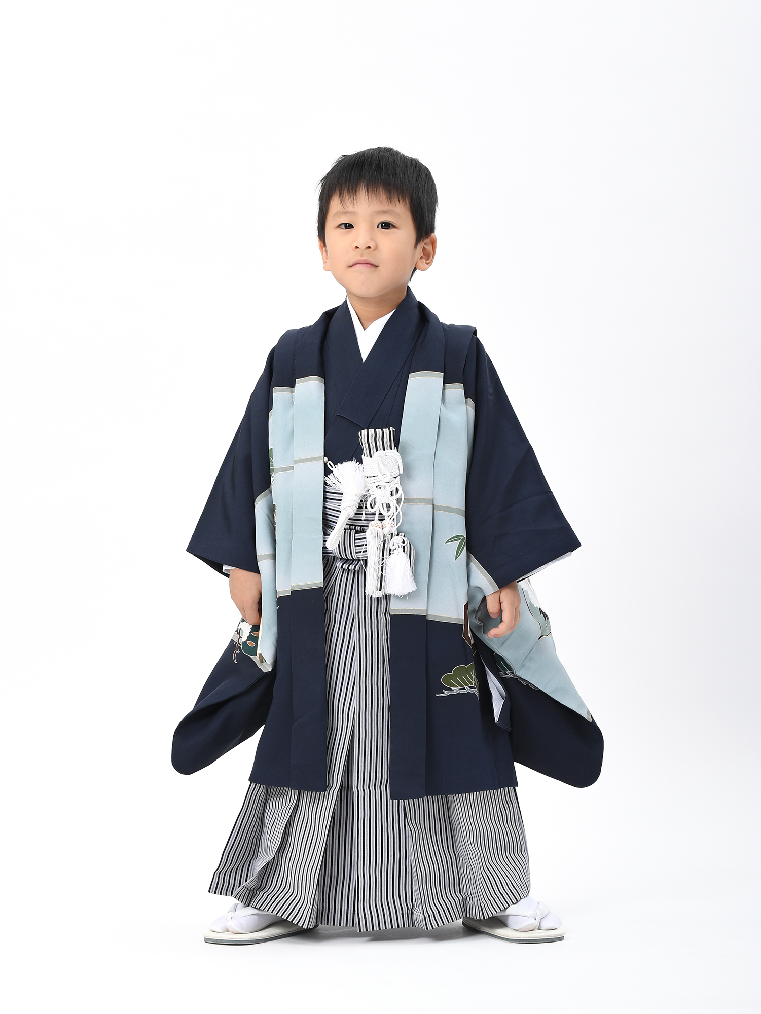 【5歳・七五三の男子着物と袴レンタル】紺色で宝船柄・品番:KD-54