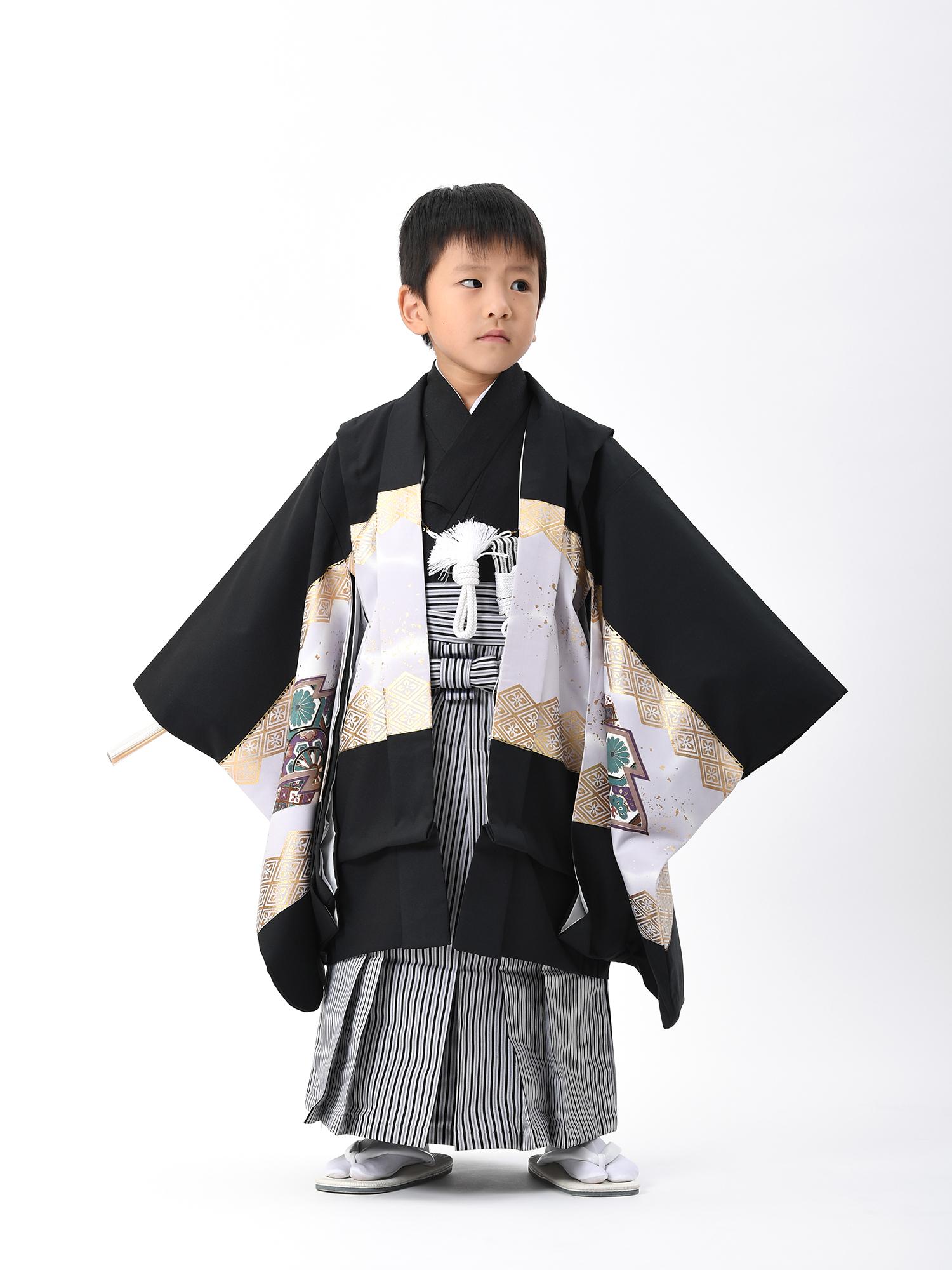 【5歳・七五三の男子着物と袴レンタル】黒地に鷹と松皮菱・品番:KD-58