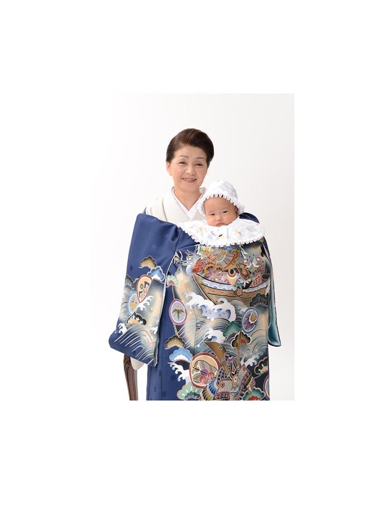お宮参りの正絹産着レンタル。宝船の柄オシャレな青色。男の子用です。