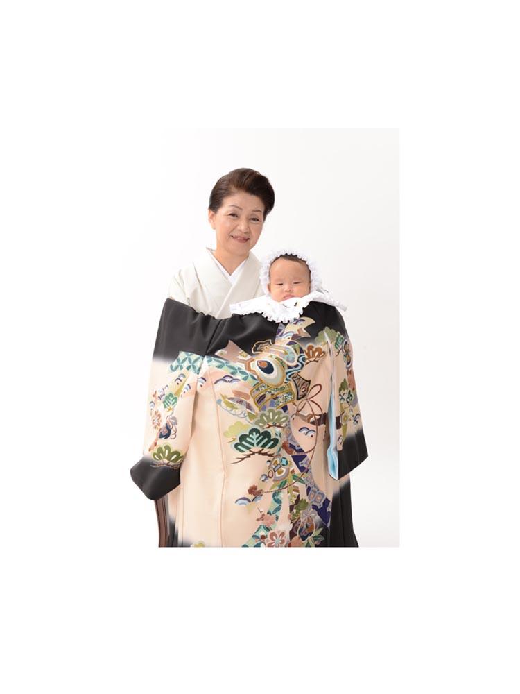 お宮参りの産着レンタル。正絹の高級産着です。