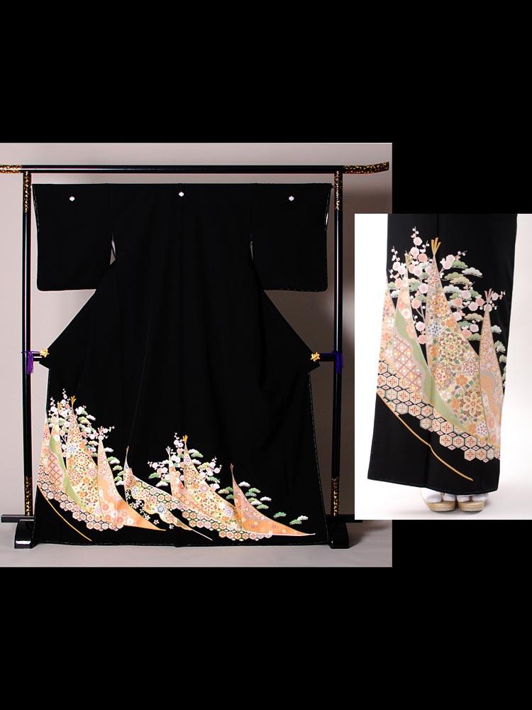 品番t-310。黒留袖レンタルの絵羽画像