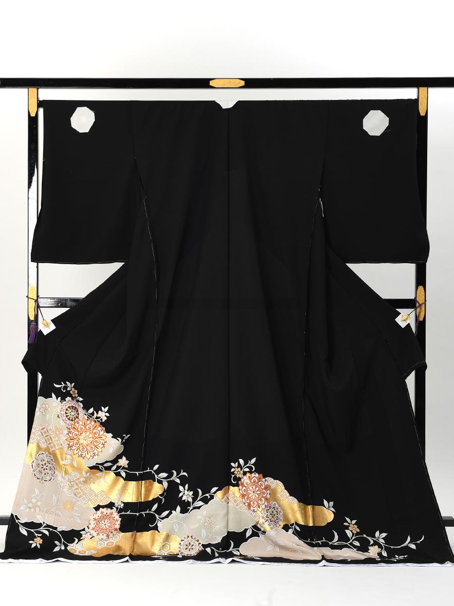 【幅広サイズの高級黒留袖レンタル】t-482 幅広サイズの華やかな留袖 LOサイズ