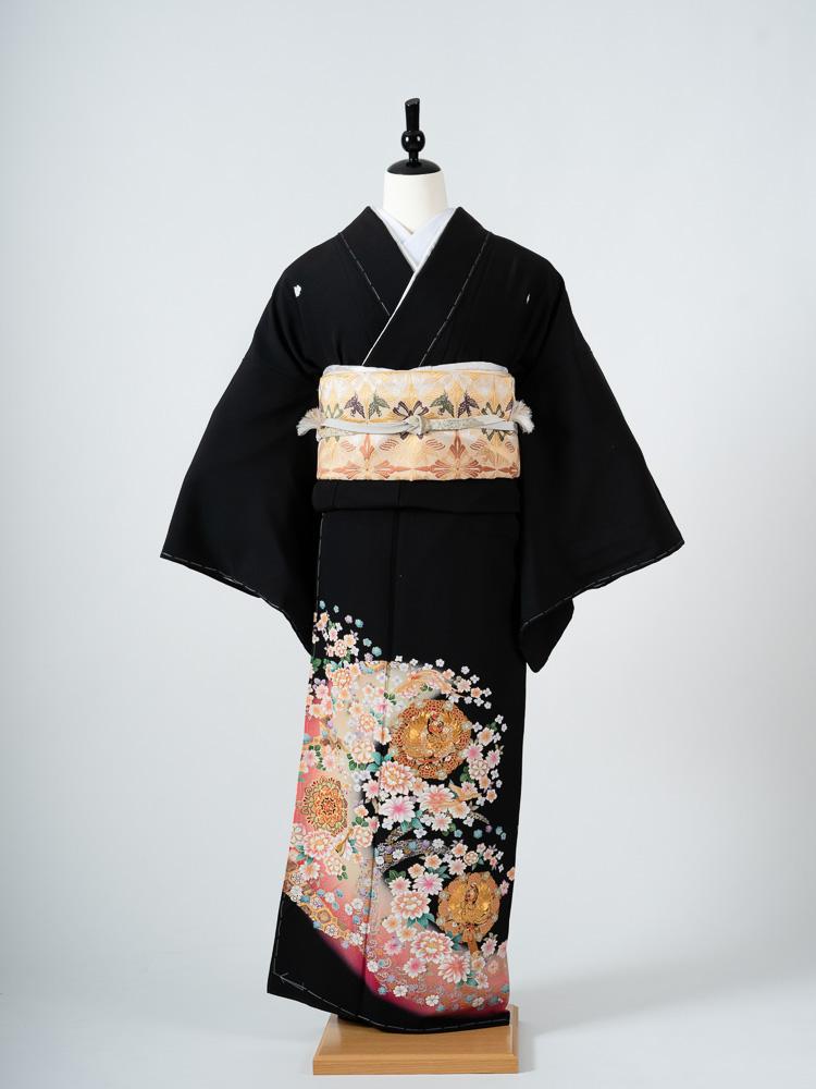 【大きいサイズの高級黒留袖レンタル】t-483 ピンク系でかわいらしい 広幅・165cm対応 LLOサイズ 鳳凰と洋花