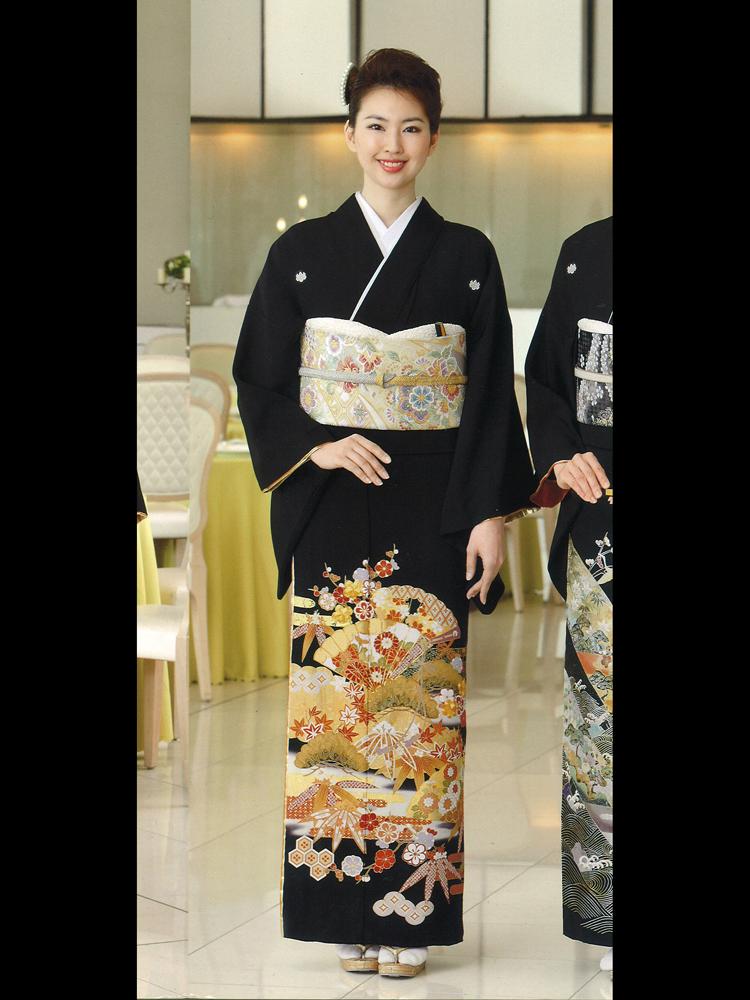 【高級黒留袖レンタル】yumi-katsura-4 桂由美ブランドの黒留袖「古典の響き」Lサイズ Lサイズ 扇と松竹梅