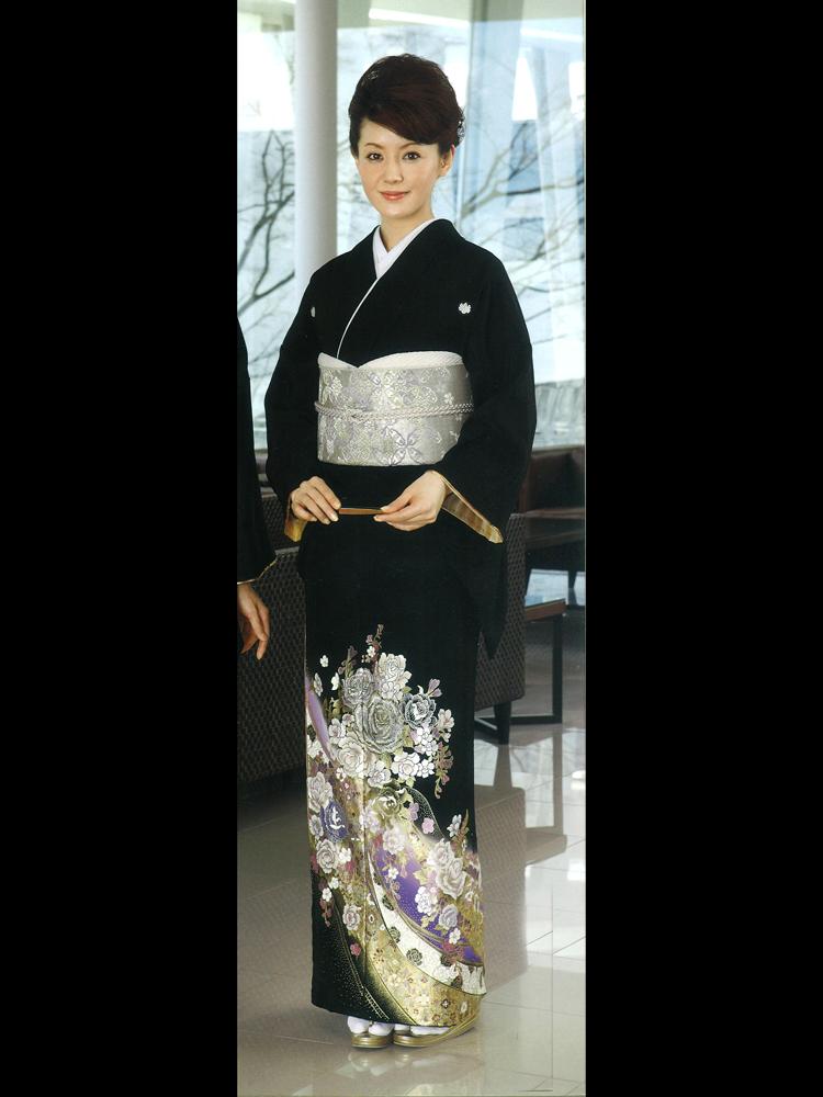 【高級黒留袖レンタル】yumi-katsura-6 桂由美ブランドの黒留袖「花王宮」 MLサイズ 薔薇