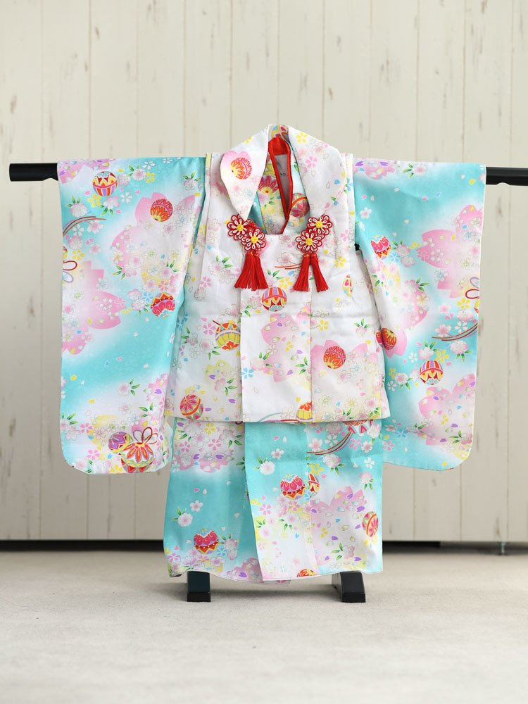 【七五三の着物レンタル】 3歳の女の子用被布セット 白と水色 品番:KD-23
