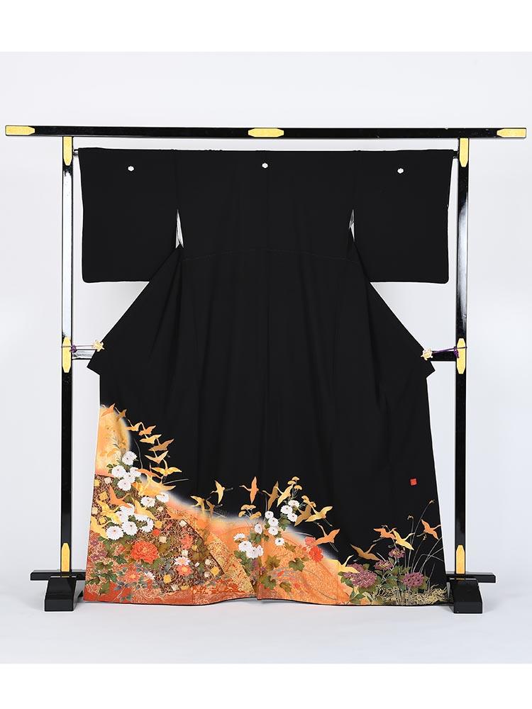 【高級黒留袖レンタル】kansai-1 山本寛斎ブランド・鶴に牡丹 MLサイズ 鶴・牡丹