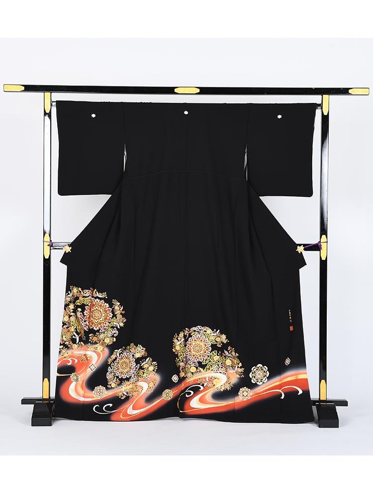 【高級黒留袖レンタル】kansai-2 山本寛斎ブランド・宝相華 MLサイズ 宝相華・正倉院文様
