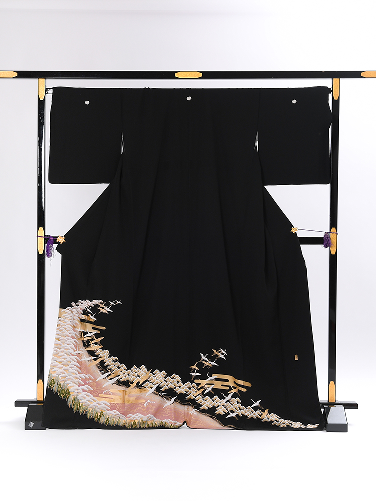 【高級黒留袖レンタル】t-109 鶴と松の風景 LLサイズ 鶴・松・自然風景