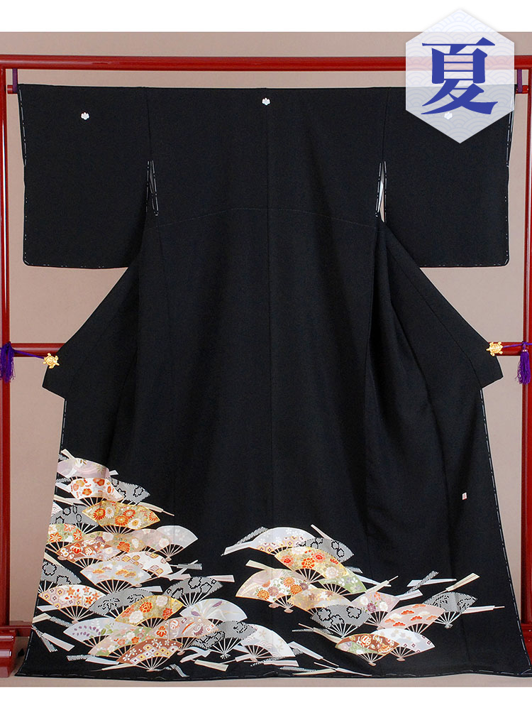 【高級黒留袖レンタル】t-213 単衣の黒留袖シリーズ・扇子 MLサイズ  (5月〜10月前後に利用する留袖)