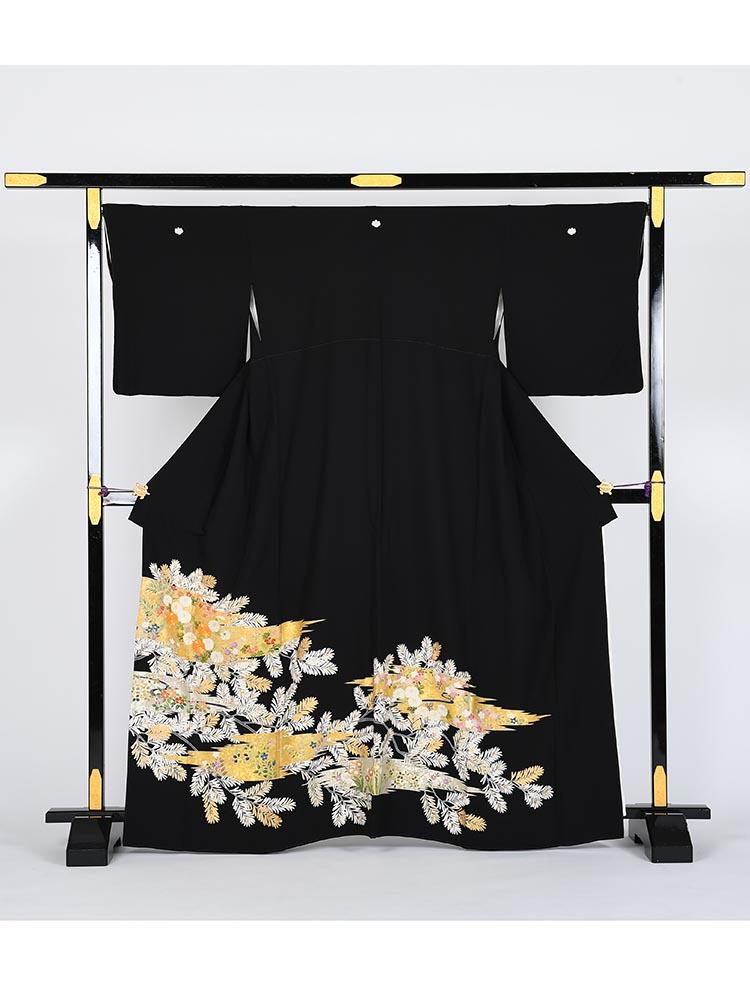 【高級黒留袖レンタル】t-432 十日町友禅・豪華金駒刺繍 MLサイズ 雲取り・松葉と花