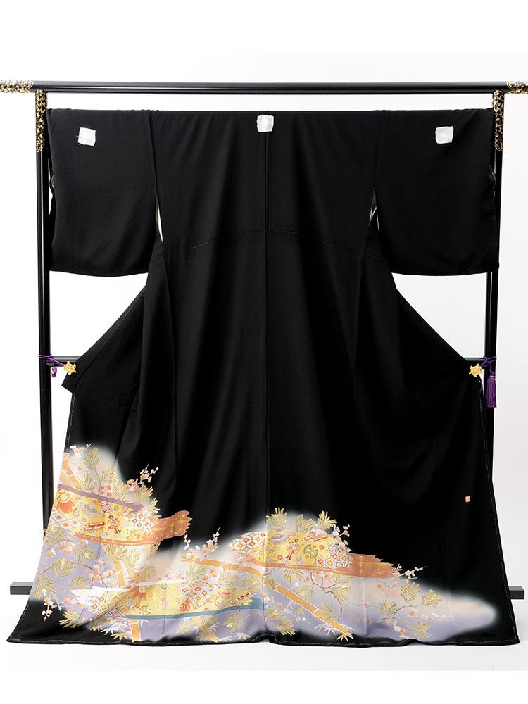 【大きいサイズの高級黒留袖レンタル】t-445 ゆったりサイズの宝尽くし柄 LOサイズ