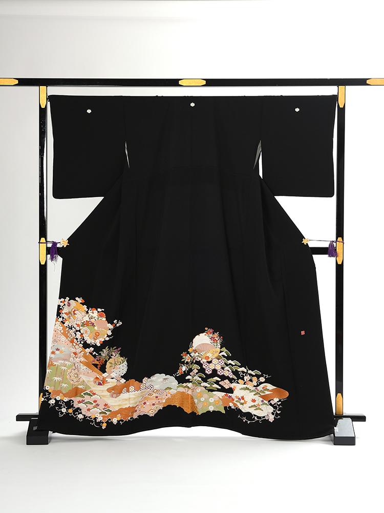 【高級黒留袖レンタル】t-449 LOサイズの松竹梅留袖 LOサイズ 松竹梅・雪輪