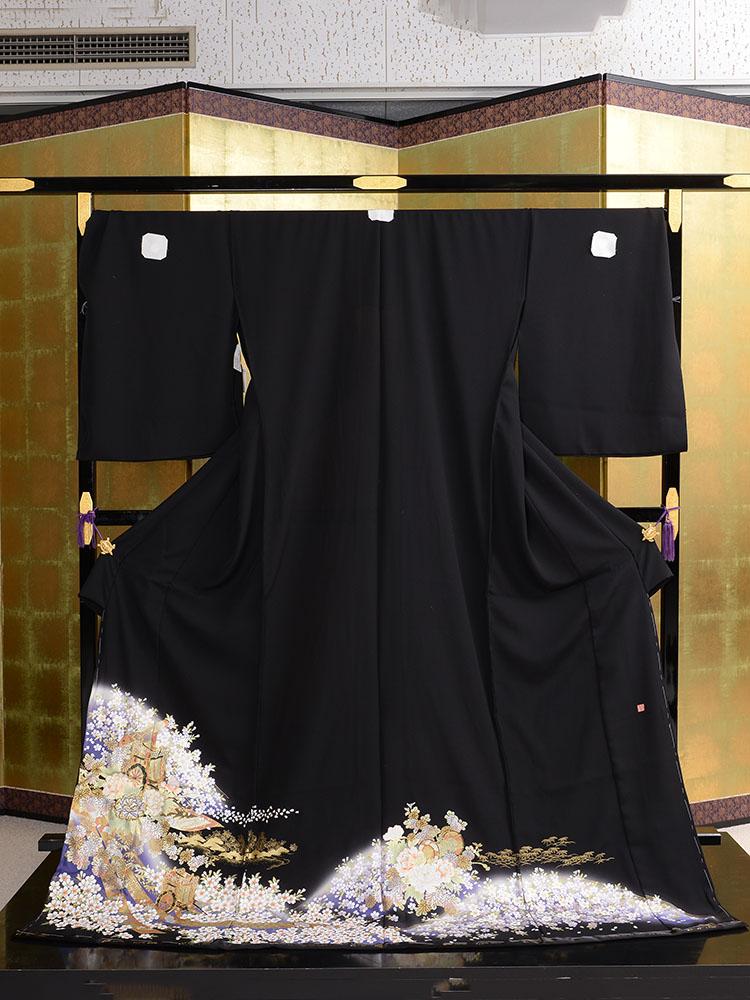 【高級黒留袖レンタル】t-457 170cm対応の幅広黒留袖 LLOOサイズ 桜・菊・牡丹・御所車