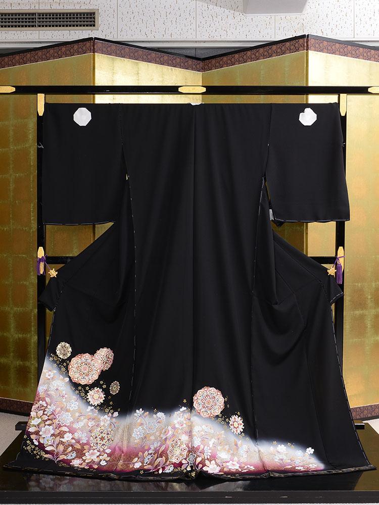 【大きいサイズ・高級黒留袖レンタル】t-459 幅広の正倉院文様 LOOサイズ 華文・洋花