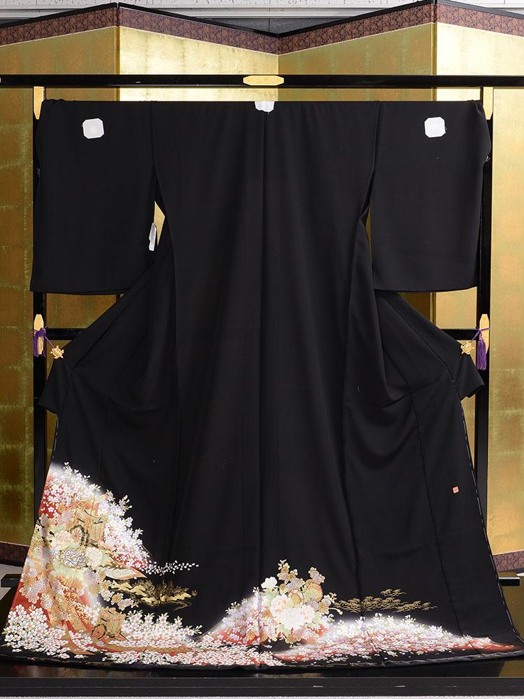 【高級黒留袖レンタル】t-460 桜と御所車の幅広黒留袖 LOOサイズ 桜・菊・牡丹・御所車