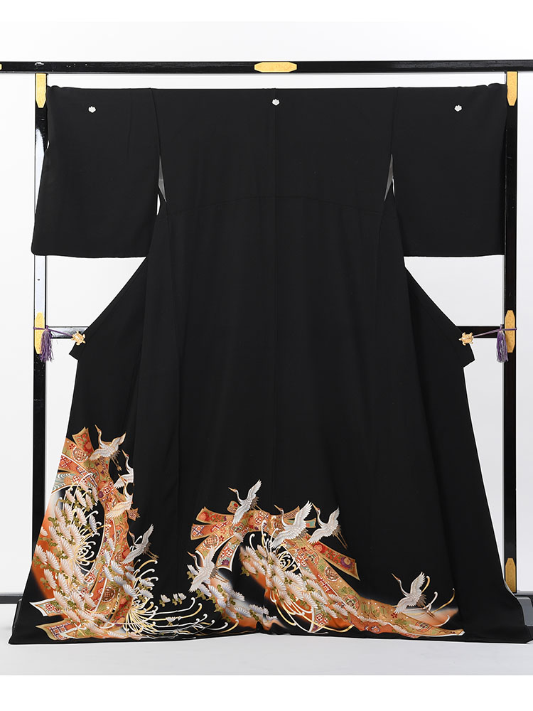 【背が高くて大きいサイズ・高級黒留袖レンタル】t-466 幅広LLOサイズの黒留袖(裄丈75cm) 束ね熨斗に鶴