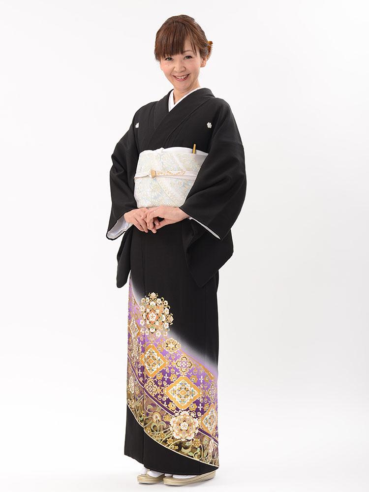 【高級黒留袖レンタル】t-472 チャペルウェディング向けの留袖・紫系 MLサイズ 華文・唐草