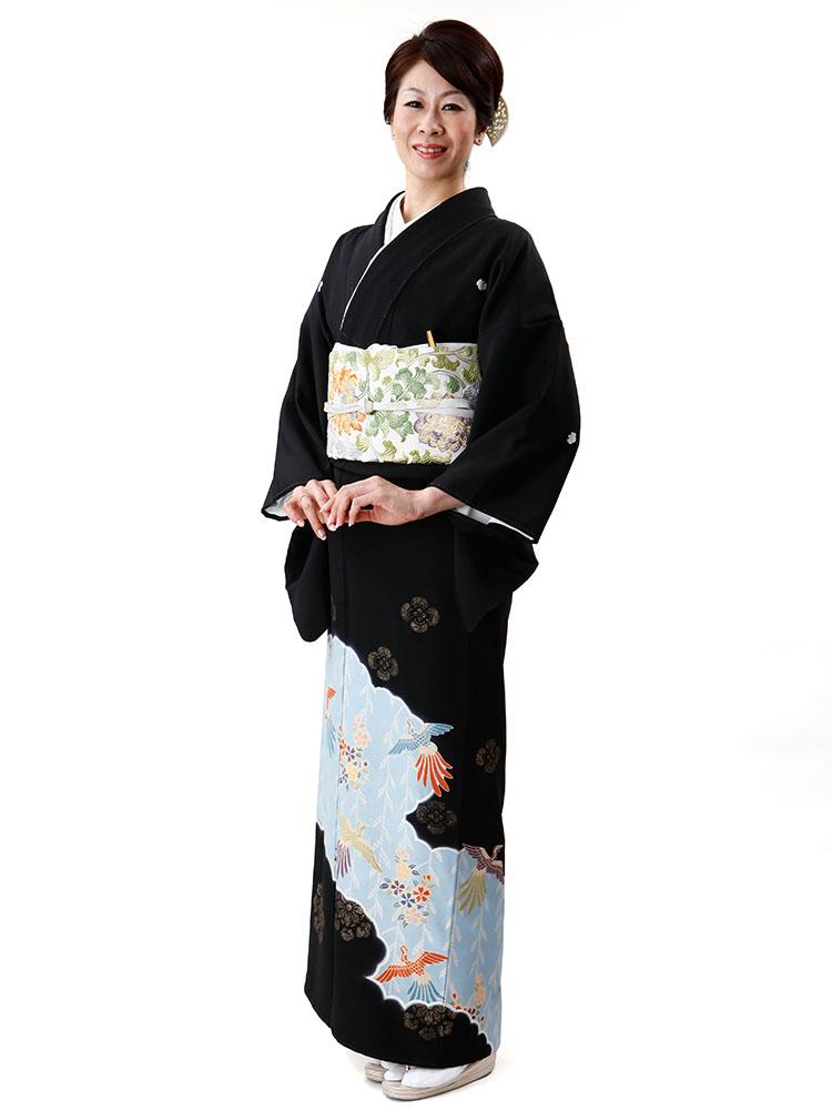 【高級黒留袖レンタル】t-601 逸品のしょうざん MLサイズ 雲取りに鳳凰と桜