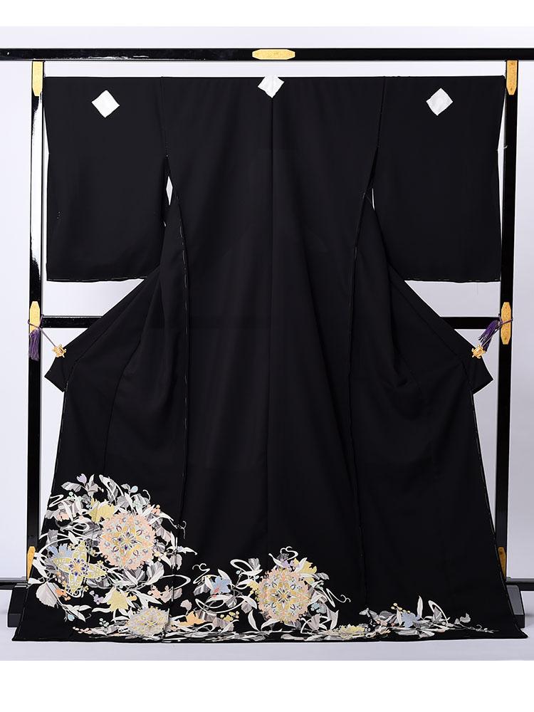 【高級黒留袖レンタル】t-636 キモノプロと一流染匠のコラボ。パステルカラータイプ Mサイズ 華文・唐草文様