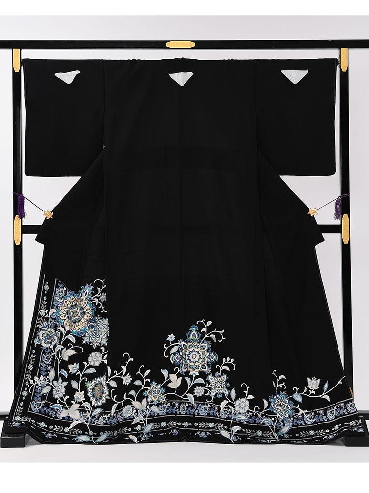 【大きいサイズの高級黒留袖レンタル】t-647 チャペル向けの幅広サイズの高級京友禅・MOサイズ  正倉院文様