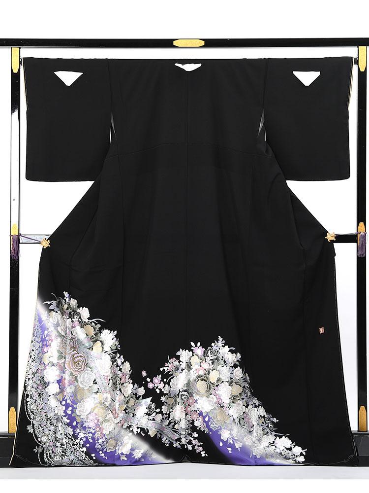 【高級黒留袖レンタル】yumi-katsura-19 桂由美ブランドの黒留袖「薔薇のしらべ」 MLサイズ 薔薇の花束