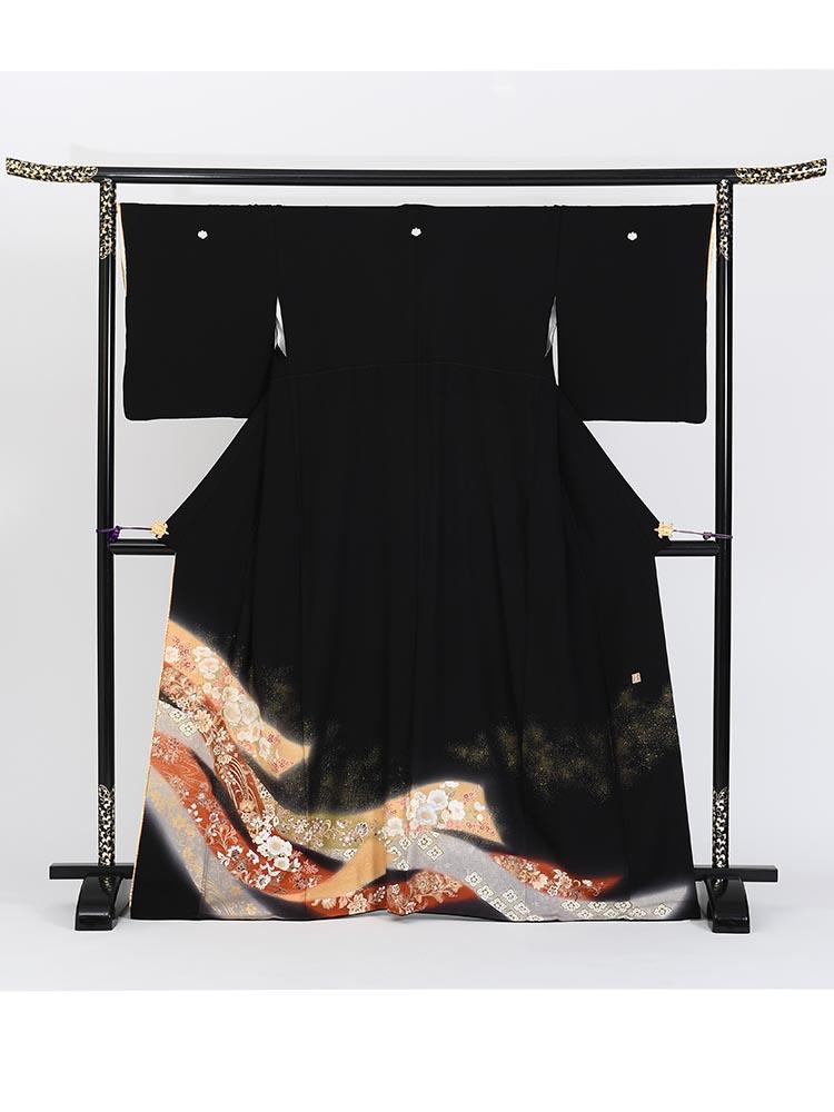 【高級黒留袖レンタル】yumi-katsura-1 桂由美ブランドの黒留袖「古典の風」 MLサイズ 熨斗・花々