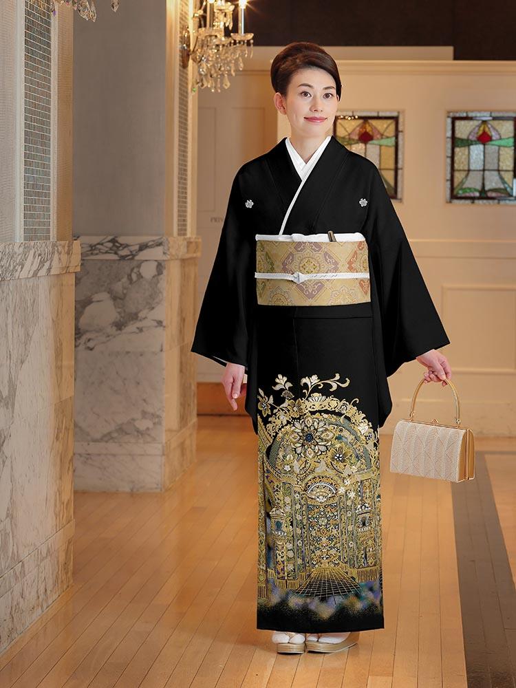 【高級黒留袖レンタル】yumi-katsura-23 桂由美ブランドの黒留袖「黄金王宮」 LLサイズ 洋館