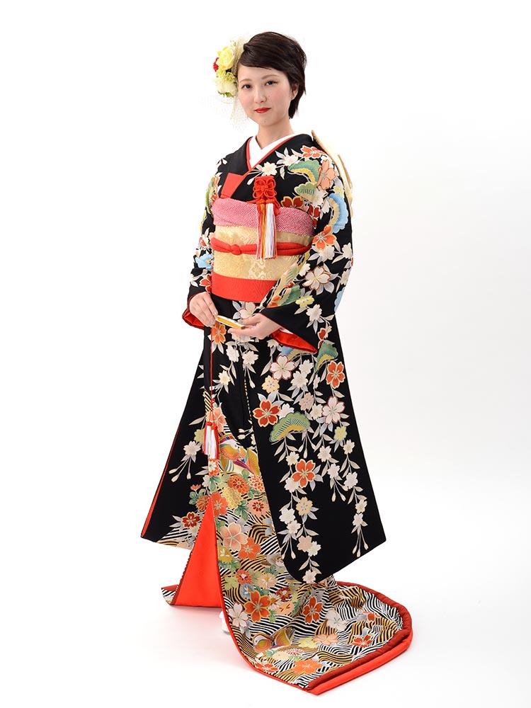 【高級引き振袖レンタル】hikifurisode-4 花嫁衣裳・おしどり、枝垂れ桜、松柄の黒引き振袖フルセットレンタル